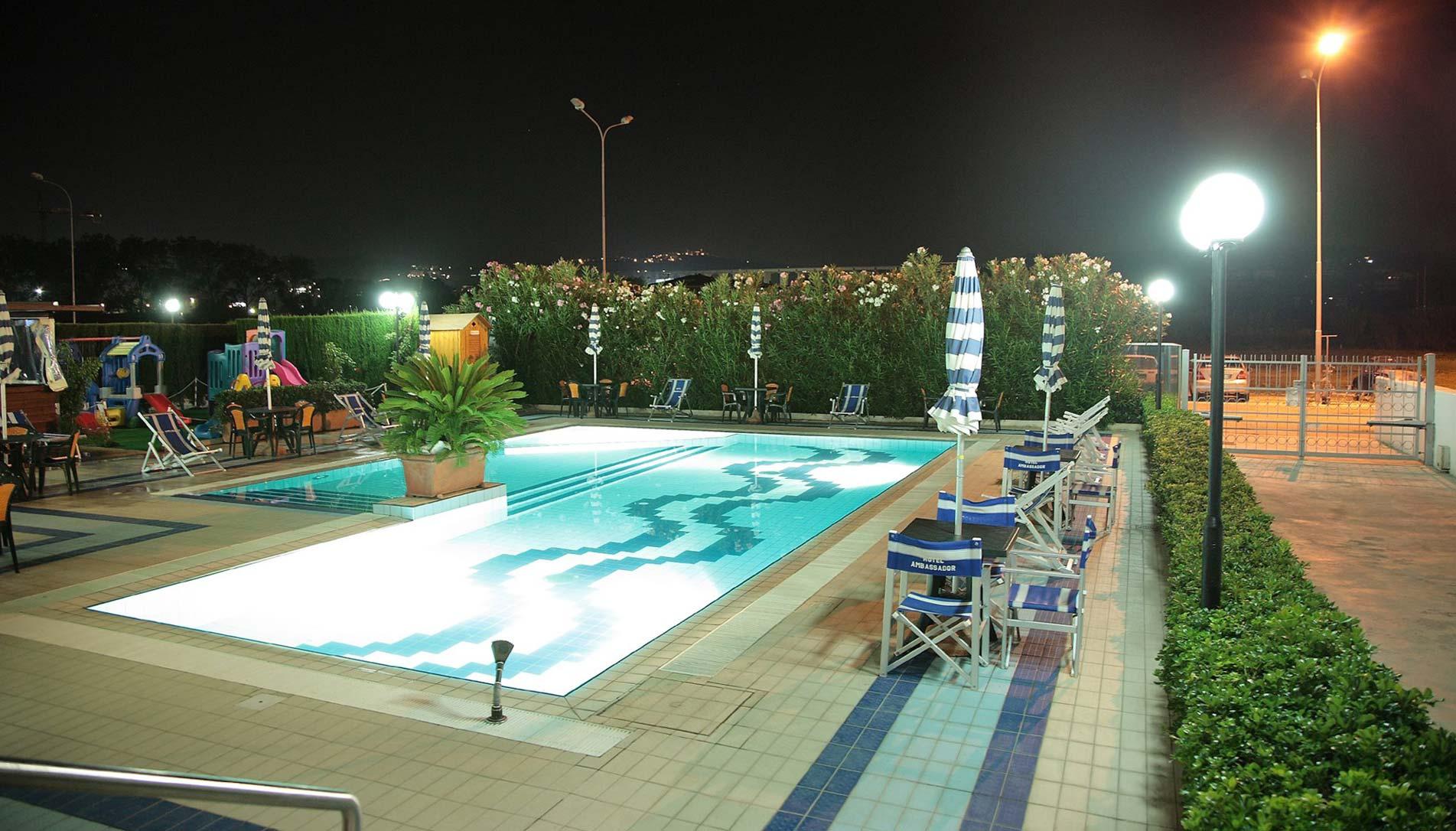 Hotel 4 stelle con piscina per vacanze con bambini sul - Hotel cervia 4 stelle con piscina ...